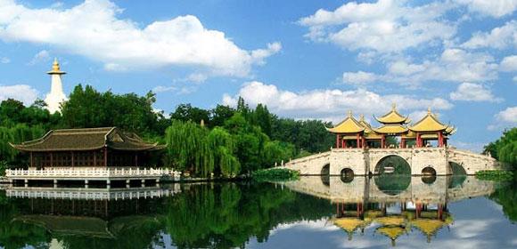 【土鸡煲宴+特色早茶】扬州瘦西湖、东关街、溱湖湿地、尊享休闲二日